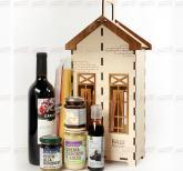 Корпоративные подарки контрагентам на Новый 2019 год   Продукт из Италии   с алкоголем в деревянном подарочном футляре  логотипом Вашей компании.