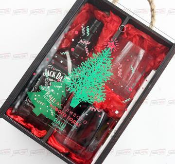 Подарочный набор с алкоголем  к Новому 2022 году